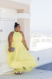 dress,plus size dress,plus size maxi dress,yellow,yellow dress,flowy,flowy dress,maxi dress,long dress,halter neck,halter dress,flat sandals,sandals,clutch,curvy,plus size,plus size bridesmaid,plus size bridesmaid dress,plus size prom dress