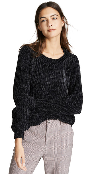 BB Dakota Smooth Sailing Sweater in black