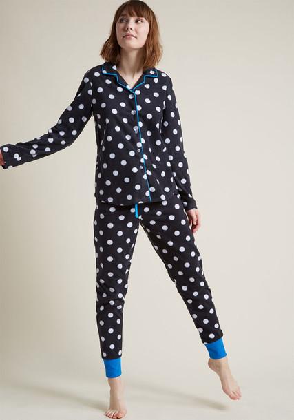 82054 pajamas classic cozy white blue black bright underwear