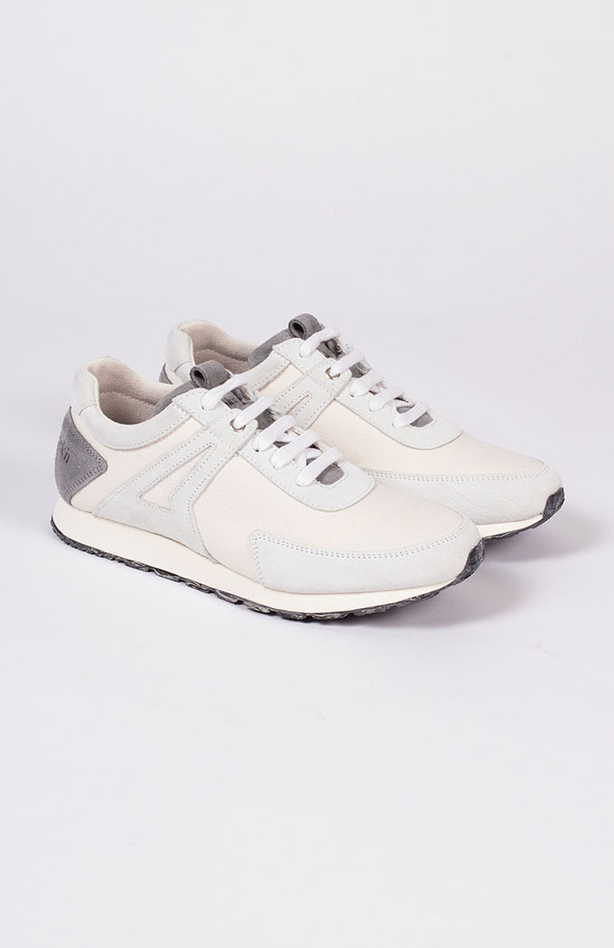 Low Seed Sneakers - White