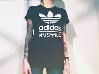 t-shirt adidas adidas shirt adidas wear sporty black blackshirt black and white tumblr tumblr shirt cool cool shirt pale japanese writing