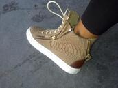 shoes,basket,sneakers,trainers,nike running shoes,nike,beige,croco