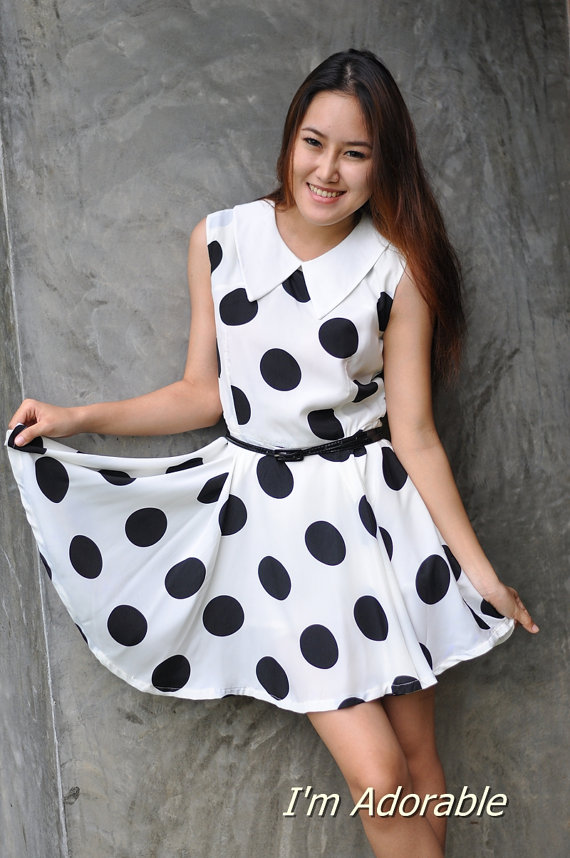 Polka dots dress sleeveless dress black white dress par imadorable