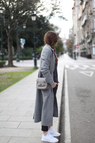 b a r t a b a c blogger grey coat long coat grey bag white sneakers
