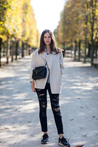 carolines mode blogger coat sweater shoes jeans bag