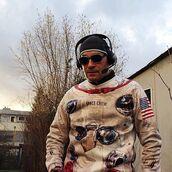 sweater,sweatshirt,astronaut suit,astronaut sweatshirt,astronaut sweater,apollo sweater,apollo sweatshirt,printed sweater,astronaut sweatsuit,space suit,jumper,pullover,fusion