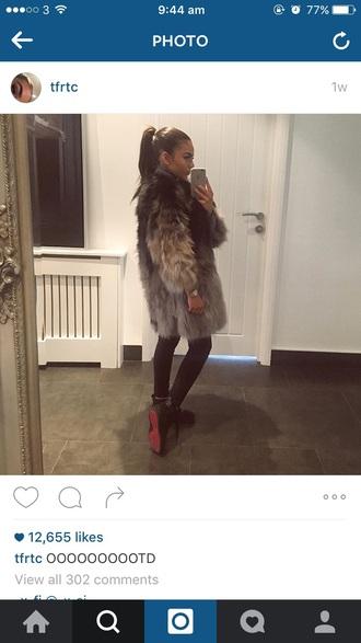 coat big fur coat long lenth long sleeves