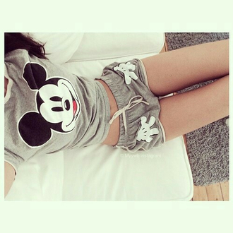 shorts mickey mouse t-shirt grey