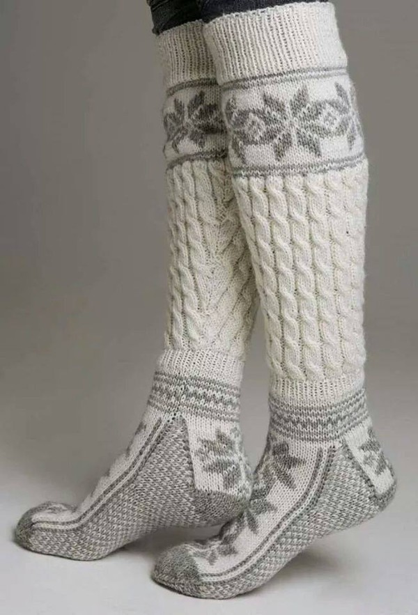 socks winter outfits warm knit knitwear grey