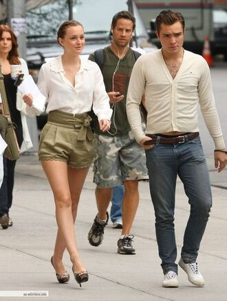 shorts leighton meester ed westwick chuck bass cute bow beige high waisted shorts blair waldorf