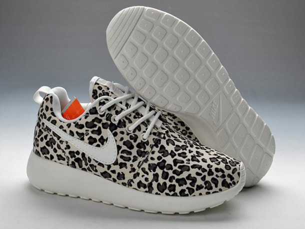 shoes roshe run leopard http://www.leopardtrainersuk.co.uk/ladies-nike-roshe-run-leopard-print-trainers-black-white-p-675.ht Ladies Nike Roshe Run Leopard Print Trainers Black White leopardtrainersuk.co.uk/ women size 5.5