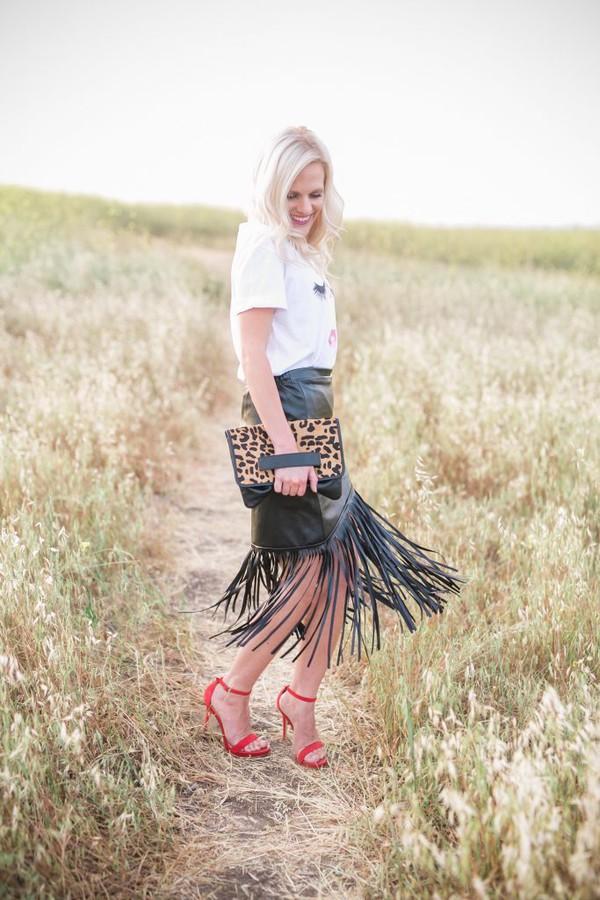 a917aaf51e skirt fringe skirt faux leather skirt t-shirt graphic tee sandals clutch  leopard print blogger