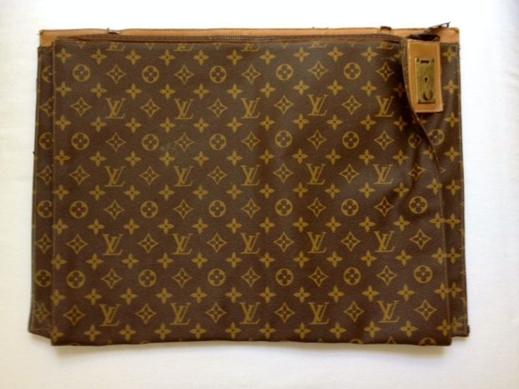 RARE AUTHENTIC VINTAGE LOUIS VUITTON MONOGRAM LARGE 20