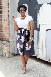 c's evolution of style - a fashion + lifestyle blog by chioma brown,blogger,skirt,t-shirt,shoes,bag,jewels,sunglasses,make-up,baloon