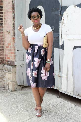c's evolution of style - a fashion + lifestyle blog by chioma brown blogger skirt t-shirt shoes bag jewels sunglasses make-up baloon