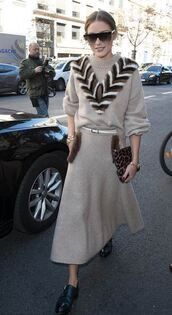 sweater,knitwear,midi skirt,olivia palermo,streetstyle,fashion week,blogger,blogger style,fall outfits