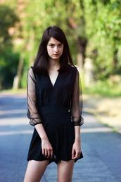 dress,black slim dress with lace arms,spandex,spandex bandeau,nike pro spandex,casual dress,low v neck,sexy party dresses,siamese
