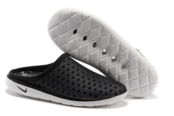 shoes, surf sandals, nike sandals, nike