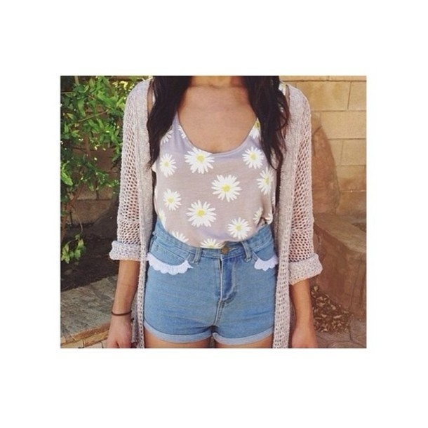 tank top wihte floral floral t shirt yellow light brown shorts vintage floral tank top sweater flowers brown jacket crop tops daisy sunflower hipster top bracelets coat shirt grey daisy High waisted shorts blouse pants t-shirt floral romper romper white lace party dress short pretty cardigan blouse beyonce beige nude spring