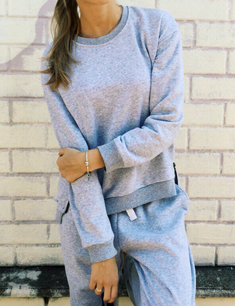 sweater set sportswear casual casual t-shirts casual chic casual shirt casual pants outfit outfit idea fall outfits tumblr outfit winter outfits cute outfits office outfits urban outfitters sweatsuit set sweatshirt sweatpants