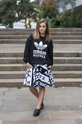 fashion gamble blogger jumper adidas black and white japanese sweater skirt shoes