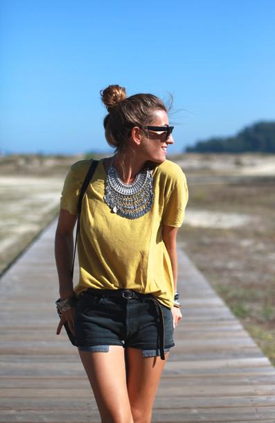 b a r t a b a c blogger t-shirt belt bag shoes jewels sunglasses lemongrass