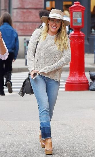 jeans sweater hilary duff wedges hat streetstyle