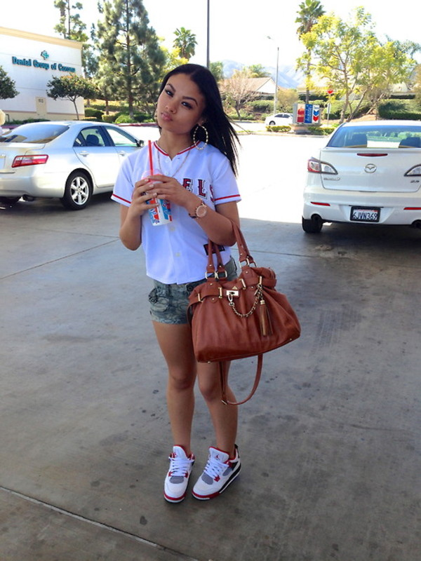 bag shoes t-shirt shorts india westbrooks jeans