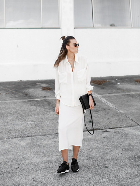 modern legacy blogger white shirt minimalist white skirt