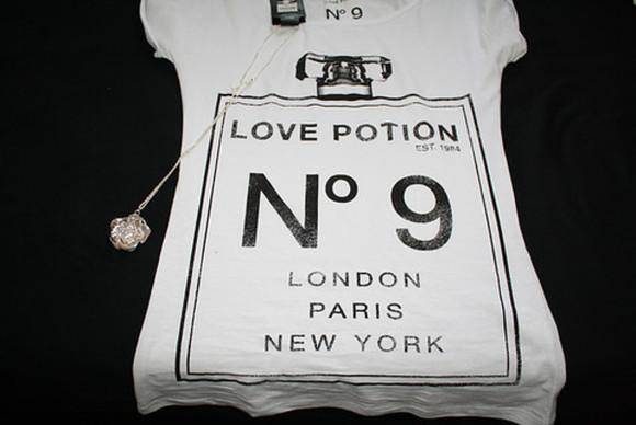 love potion chanel parfum london paris new york nr 9 white shirt t-shirt n° 9