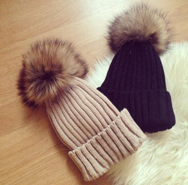 Ladies real fur raccoon pom pom winter skiing hat beanie wool real pictures