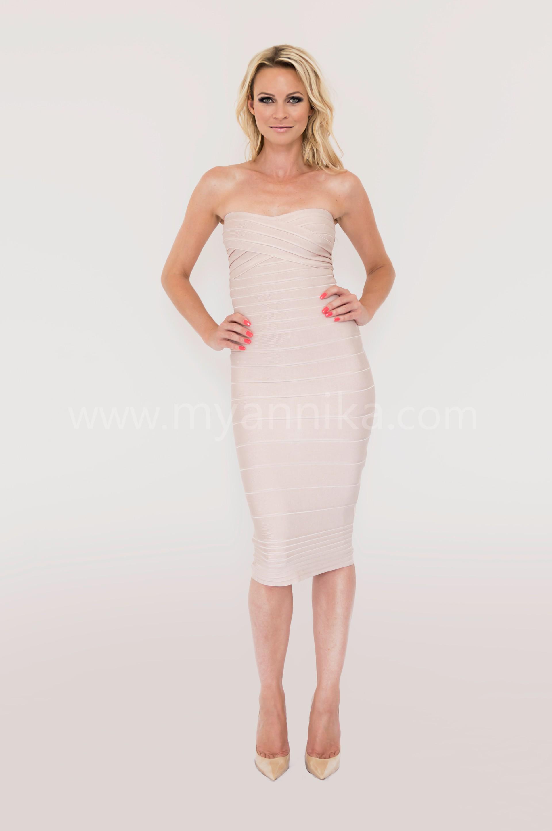 Paris long - Nude Over the Knee Strapless Bandage Dress Annika - Bandage Dresses | Celebrity Party Dresses | Herve Leger Dresses Dress detail