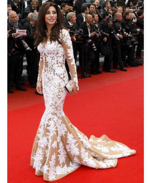 Celebrities On Red Carpet Pictures to Pin on Pinterest ...