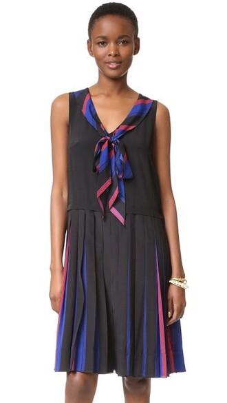 dress v neck dress pleated v neck blue