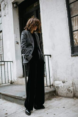 pants tumblr blazer grey blazer wide-leg pants velvet velvet pants black pants velvet top black top boots fall outfits work outfits office outfits winter work outfit wide leg velvet pants wide-leg velvet pants black wide-leg velvet pants black velvet pants