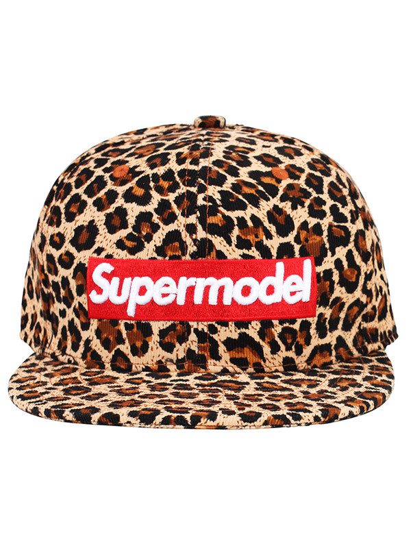 hat supermodel leopard print animal print graphic tee makeup table vanity row dress to kill chic rawr