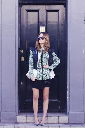 at fashion forte blogger print blouse black skirt shirt skirt sunglasses shoes