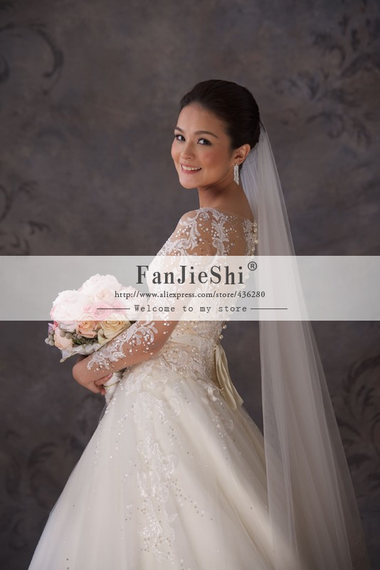 Aliexpress.com : Buy Elegant Bridal Gown Floor Length Full Sleeve Appliques Scoop Neckline Zipper Back A Line Long Wedding Dresses 2015 New from Reliable wedding dress pictures designer wedding dresses suppliers on Suzhou FanJieShi Wedding Dress Co., Ltd. | Alibaba Group