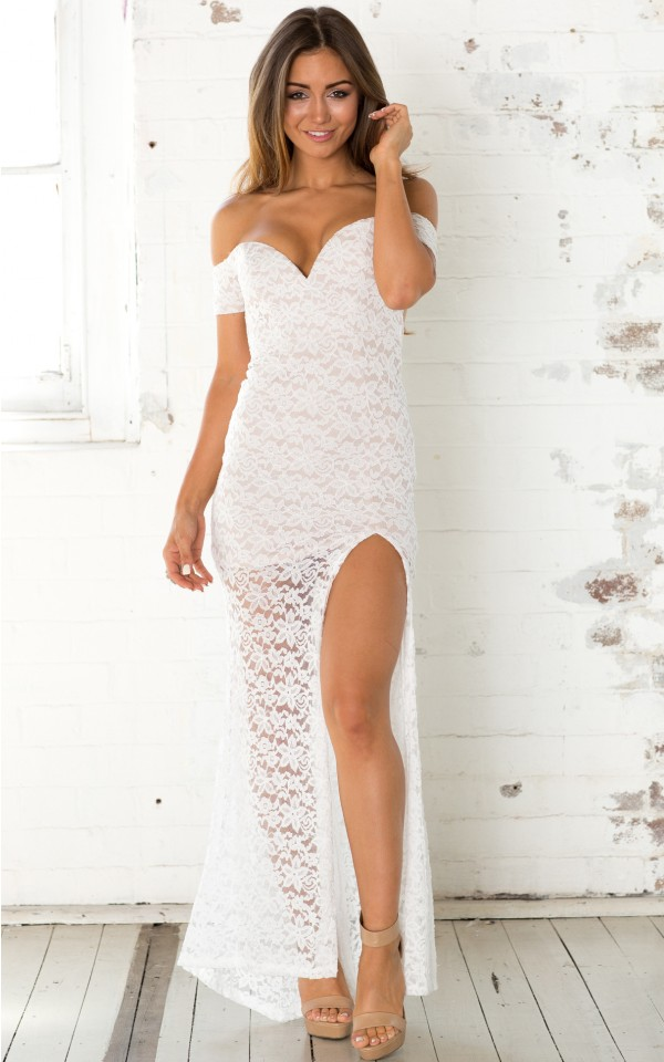 Tangled Lovers Maxi Dress In White