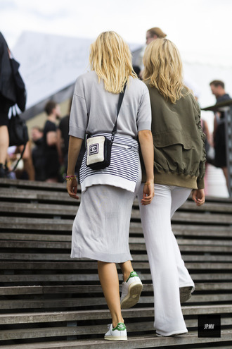 dress tumblr grey dress midi dress three-quarter sleeves bag chanel chanel bag crossbody bag streetstyle sneakers low top sneakers white sneakers adidas stan smith flare pants white pants pants jacket army green jacket