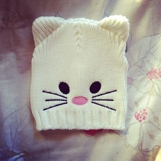 hat beanie cats cartoon beanie white beanie white pink black cartoon light pink cute cat ear ears animal animal beanie cat beanie dreamcatcher necklace cat ears pale cream
