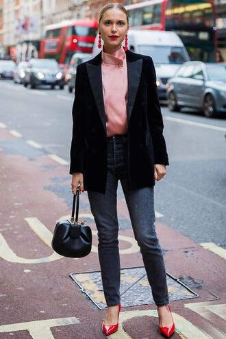 shoes pink top pumps red pumps jeans bag blazer