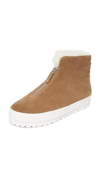 zip tan sneakers shoes