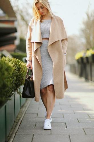 fashionism blogger skirt top shoes coat bag sunglasses woolencoat