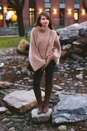 kapuczina,blogger,jewels,sweater,bag,shoes,pants,oversized sweater,beige sweater,crossbody bag,knee high boots
