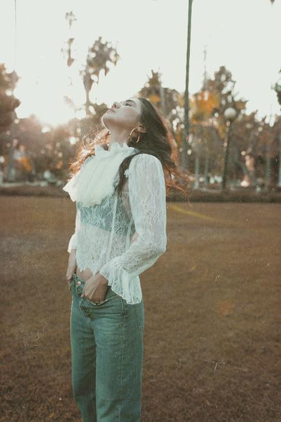 dylana suarez blogger blouse jeans shoes lace blouse white lace top lace top