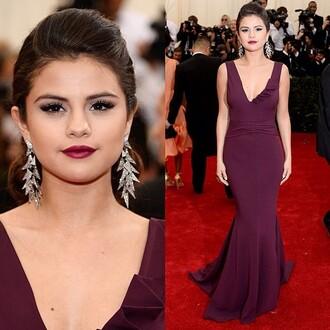 dress selena gomez crimson beautiful red dress jewels