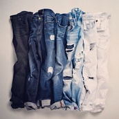 jeans,boyfriend jeans,distressed high waisted jeans,ripped jeans,ripped