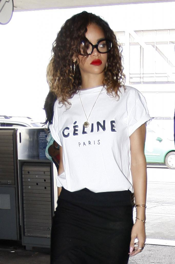 *** Celine Paris Style Printed T-shirt White and Black New Size S M and L *** | eBay