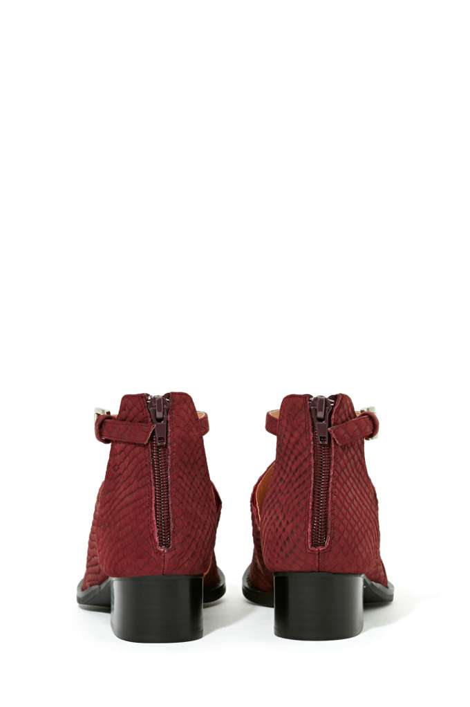 Jeffrey Campbell Carina Cutout Bootie - Burgundy at Nasty Gal